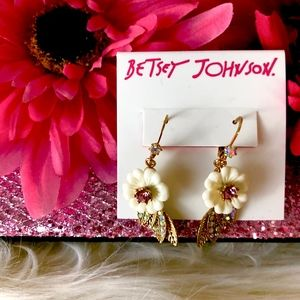 Betsey Johnson Flower & Leaf Drop Earrings